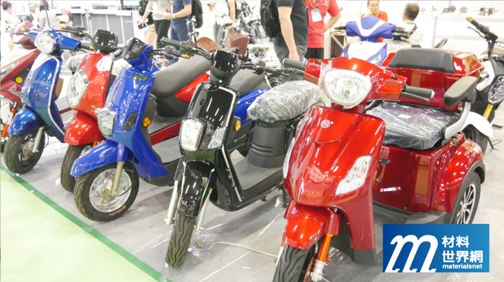 圖六、錡明工業展出多種電動機車與電動自行車,為產品系列最齊全者